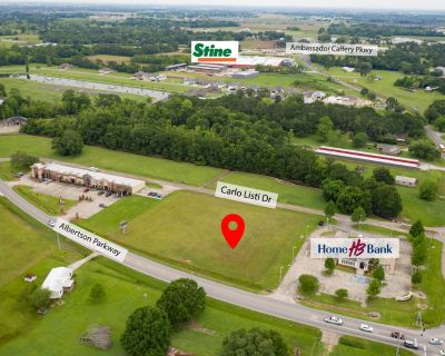 Prime Commercial Property with high visibility