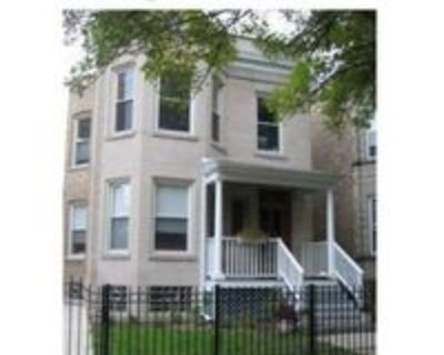 1207 West Newport Avenue #1, Chicago, IL 60657 3 Bedroom Apartment