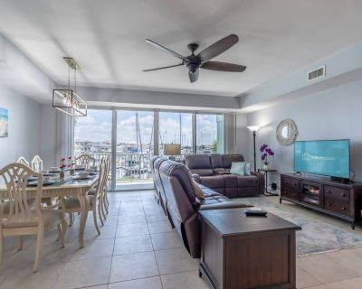 Newly Furnished Large Town Home, Contact Free Check In - Ruskin