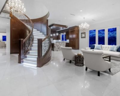Luxury Mansion with Indoor Pool & Hot Tub, Home Theater, & Beautiful Gardens & Views, West Vancouver