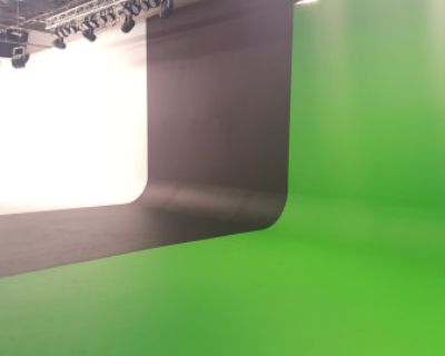 Creative Production Studio Space for Filming & Photography with White, Black, and Green Screen Cyc. Vehicle Access. Equipment Rental., Atlanta, GA