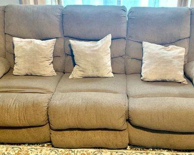 Beige Recliner Sofa & Couch set