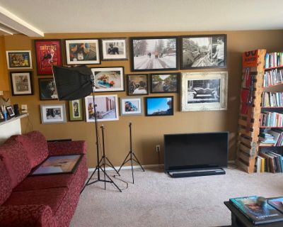 Valley Apartment In the NoHo Arts District, North Hollywood, CA