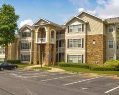 1000 -B, Canton, GA 30114 2 Bedroom Condo