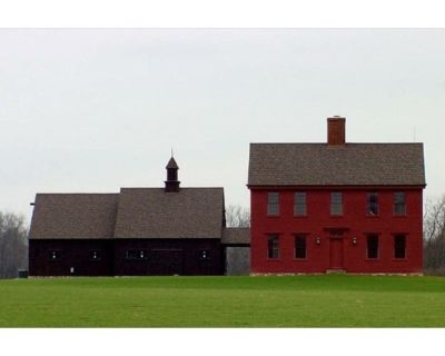 26 acre estate in the country with friendly Alpacas - Miamisburg