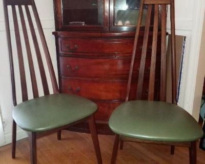 Mid-Century Furniture, Collectibles, Toys, Electronics. EVERYTHING MUST GO