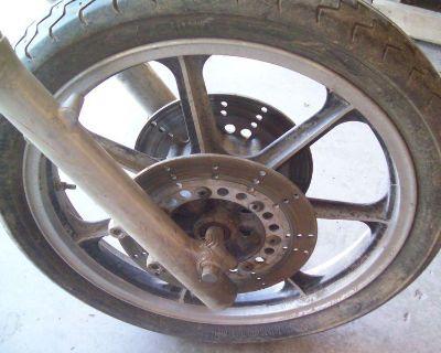 85-01 Kawasaki Vulcan 750 Front Wheel!!!!!! (look Free Shipping)