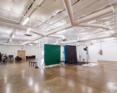 Huge 3000SF Industrial Warehouse + Production Studio in Fort Worth, Fort Worth, TX