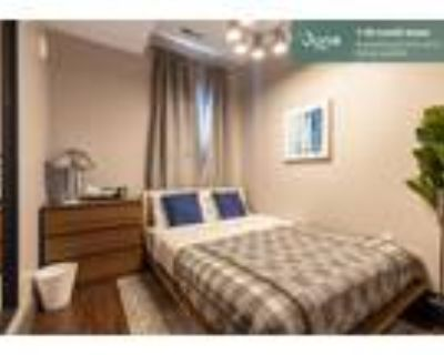 322 Queen room in South Boston 5-bed / 2.0-bath apartment