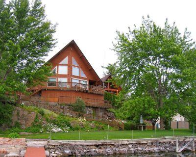 Premier Chalet Home on Beautiful Williams Lake - Consistently #1 in Region. - Spokane County