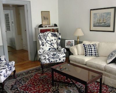 Historic Home in the McIntyre District - walk to shops, museums, restaurants - Salem