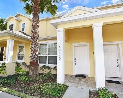 Gorgeous 3 Bed Splash Pool Townhome at Serenity Resort - Four Corners
