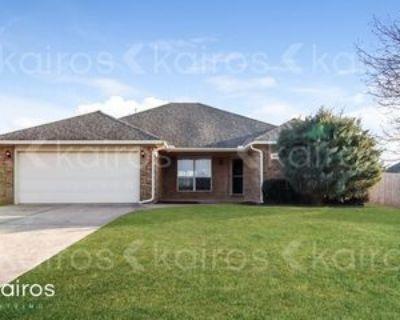 2416 Se 11th St, Moore, OK 73160 4 Bedroom House