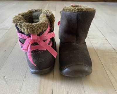 Child of Mine by Carter s toddler size 6 boots