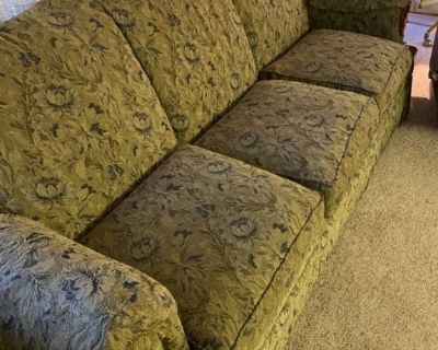 Free -Couch