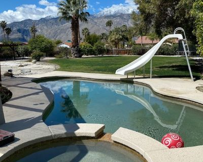 Palm Springs home with large private backyard and spectacular Mountain Views - Palm Springs