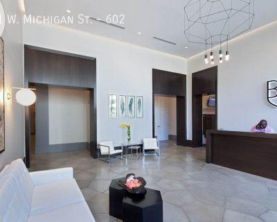Spacious Westown Studio Apartment!