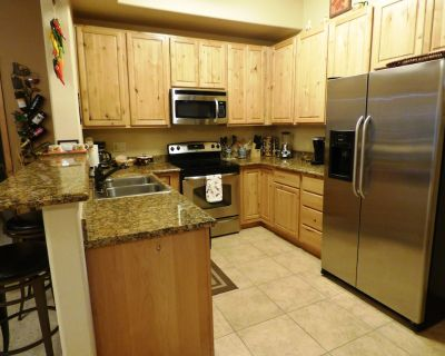Peace of the River - This Beautiful Riverside 2 Bedroom Condo will ZEN you out! - Ruidoso