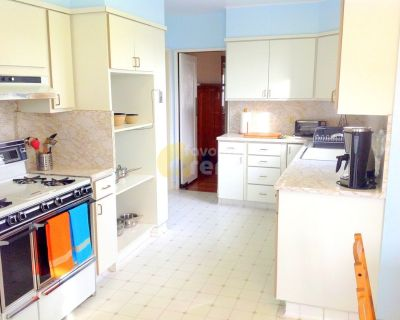 Outer Richmond 2 Bedroom House With Beautiful Ocean Views