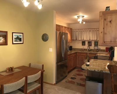 NEW REMODEL - Romantic & Relaxing, cozy Vail get-a-way or Steadman retreat. - Vail