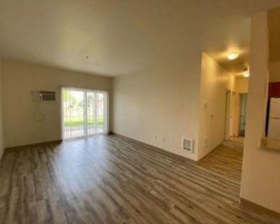 460 N Arthur St, Kennewick, WA 99336 3 Bedroom Apartment