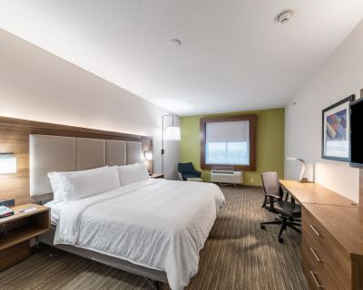 Holiday Inn Express & Suites Fort Worth - Fossil Creek, an IHG Hotel - Fossil Creek