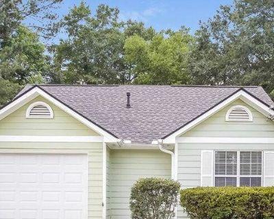 2167 Cottage Ct SW , Marietta, GA 30008