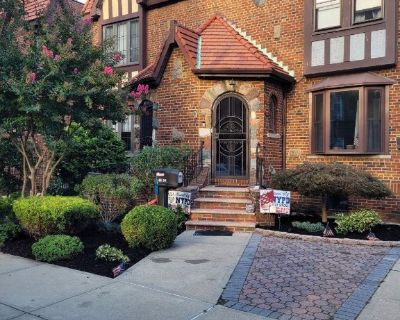 (MUL) This Beautiful Semi-Detached Brick Tudor in the Heart of Bayside