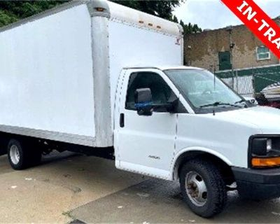 2014 Chevrolet Express Commercial Cutaway Base