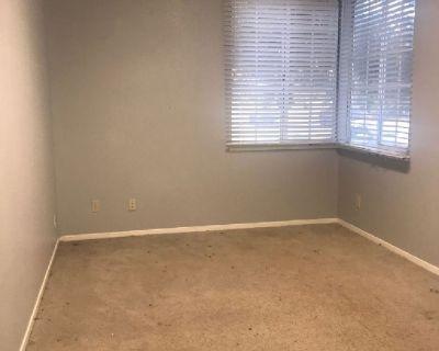 Room for Rent 750 plus 500 plus 500 deposit