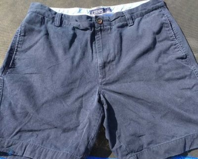 Men s Chaps shorts 34 by 8