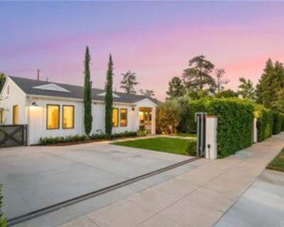 11629 Huston St, Los Angeles, CA 91601 4 Bedroom House