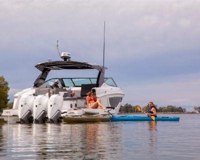 2022 Cruisers Yachts 38GLS-OB