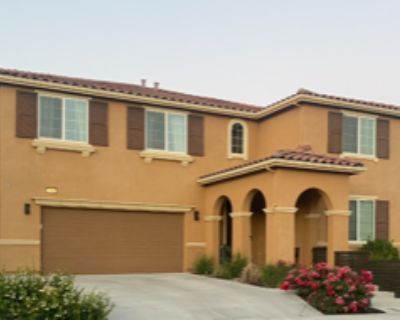 Large Master Bedroom in an Upscale Home with a Gourmet Kitchen!