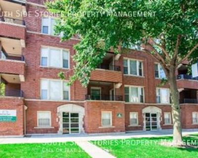 4356 4356 S Prairie Ave 1 #DR, Chicago, IL 60653 4 Bedroom Apartment