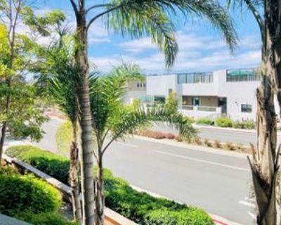 3857 Pell Pl, San Diego, CA 92130 1 Bedroom Condo