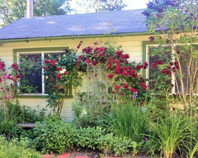 Charming Cottage In Historic Neighborhood - Whiteaker