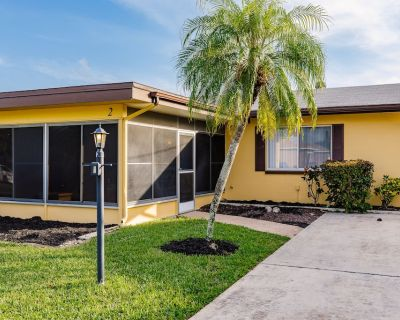 4936R Twin home 2 King Beds, Pool Canal 5 Minutes To The River - Caloosahatchee