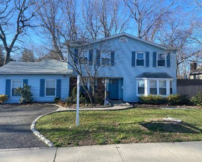 (ID:DEN) Lovely Mixed-Use Colonial For Sale In Holbrook