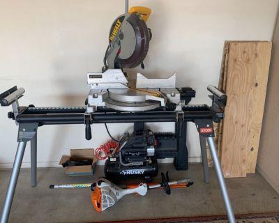 DeWalt DW705 12 inch compound miter saw with stand