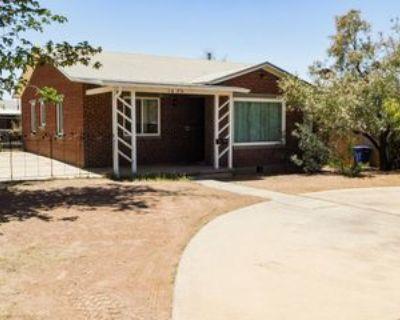 1620 Saint Johns Dr, El Paso, TX 79903 3 Bedroom Apartment