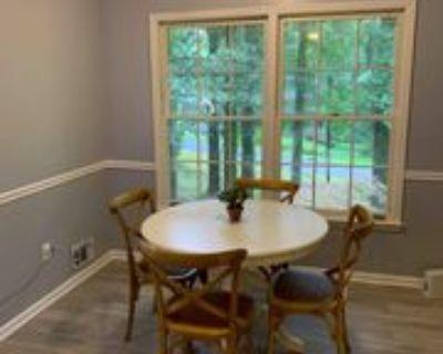 Room for Rent - Marietta Home, Marietta, GA 30060 4 Bedroom House
