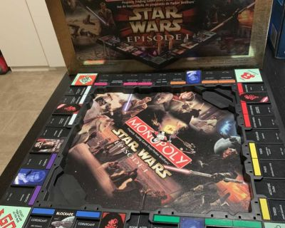 Star Wars Monopoly Episode 1 - Collector Edition (pre-owned; excellent condition)