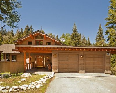 Creekside in Alpine w/ 4 Master Suites and Hot Tub - Dogs OK - Alpine Meadows
