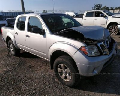 Salvage Silver 2013 Nissan Frontier