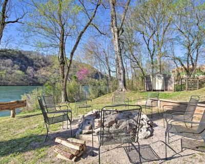 NEW! Expansive Cotter Cabin on White River w/ Deck - Cotter