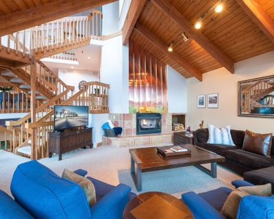 **New Listing** Beautiful Deer Valley Townhouse, Skier Shuttle, Pool Table, Hot Tub! - PIN1405 - Park City