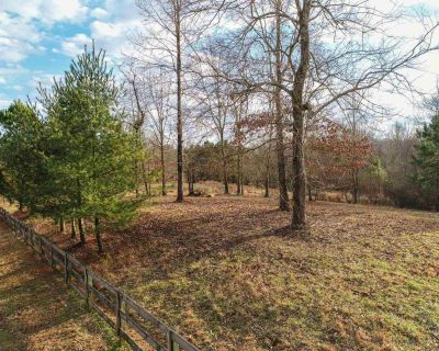 5 Acres for Sale in Gainesville, GA