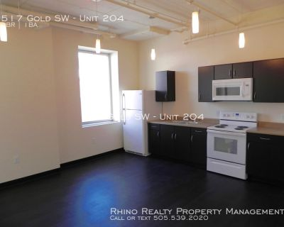Beautiful Downtown Lofts! Available Now!