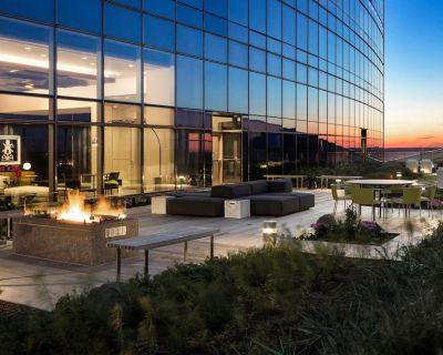 AKA Residences New Premium Suite w/ Gourmet Kitchen & Stunning City Views - University City